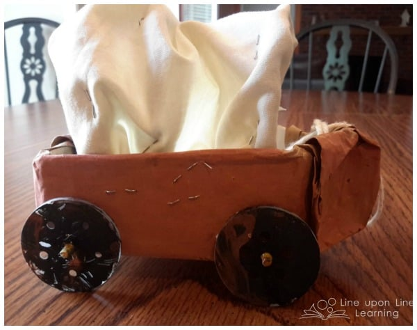 simple covered wagon craft for kids