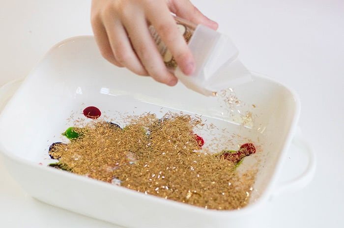 A simple science experiment that can be set up in just a couple minutes.