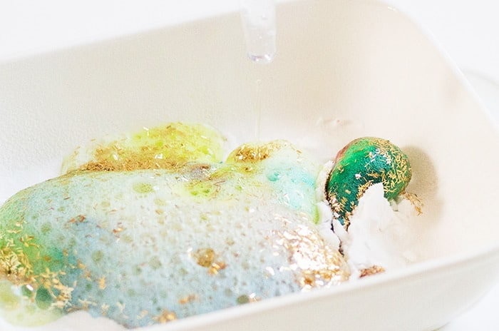 This glitter kids science experiment will have your kids begging to do it again.