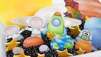 Free solar system printable for sensory bins, play dough or pretend play. A fun addition to a solar system theme!
