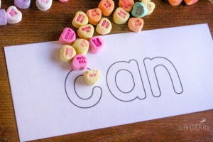 Learning sight words has never been so fun! This free printable sight word activity can be used in so many ways! It will seem like a new activity each time!