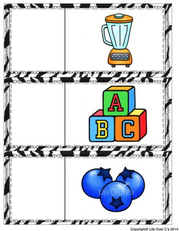 Beginning blends and digraphs magnet mats! Identify the blends with alphabet magnets!