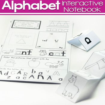 This alphabet interactive mini-notebook is a great way to review letters and beginning sounds with your kindergarteners and 1st graders! Lots of different ways to review and build fine-motor skills too.