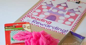 This reading reward chart will have even the most reluctant readers happy to do their nightly reading!