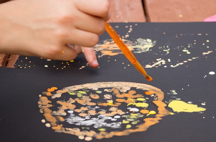 This art and science activity would be perfect for a STEAM lesson!