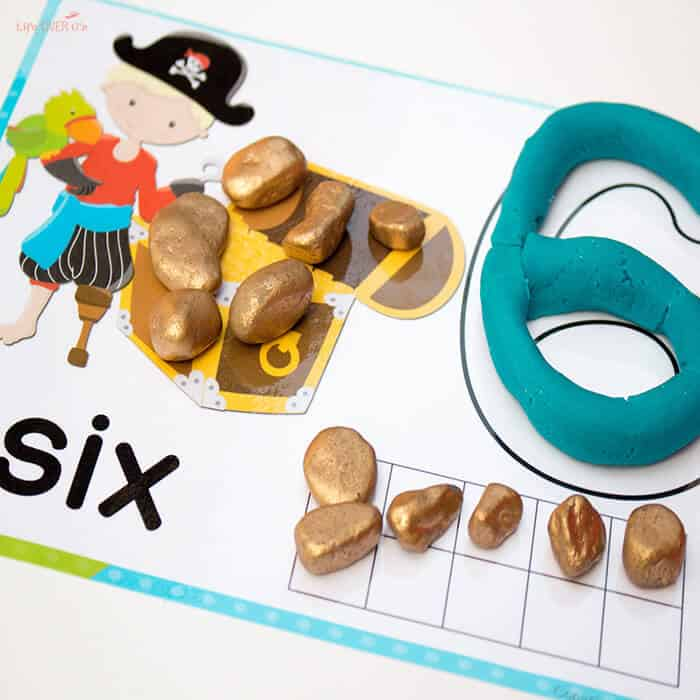 play-dough-mats-pirate-1-10-square