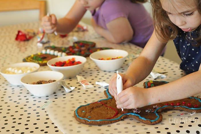 Giant Gingerbread Men Baking With Kids Life Over Cs