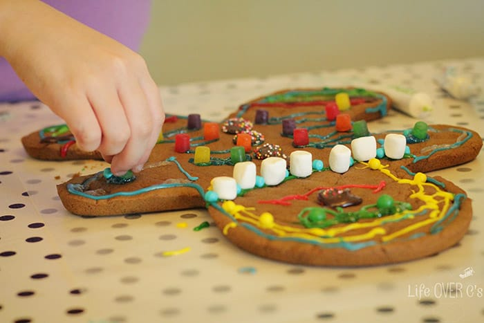 Bake up some giant gingerbread men with your kids this Christmas!