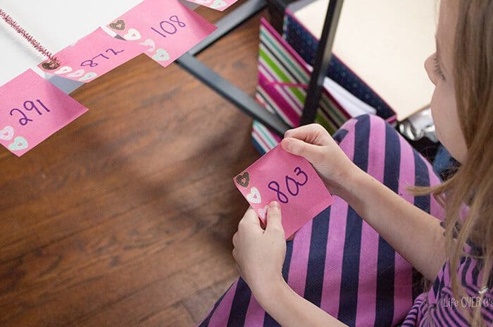 This low-prep rounding activity is easy to customize for any level. Rounding with sticky notes is a fun change from worksheets and printables.