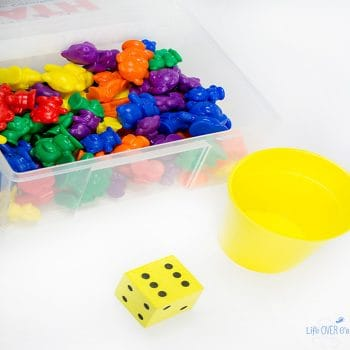 The rainbow bear dice game for preschoolers is so simple to put together, but you can use it to work on several skills. Counting, colors, and fine-motor for starters!