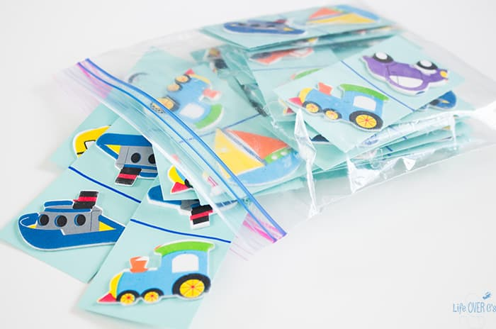 """These DIY transportation dominoes for matching are perfect for a """"new"""" game without going to the store."""
