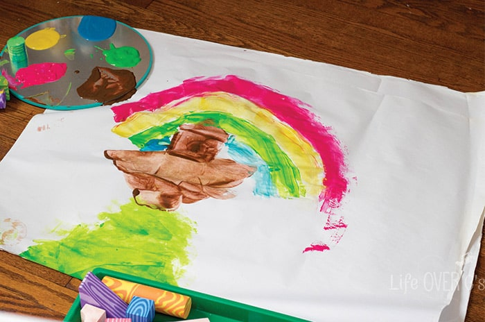 This foam block process art exploration is a great way to let kids express their imagination. Grab your foam blocks, some paints and check out this post for great ideas!