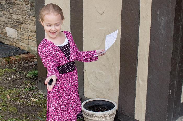Build map skills with this super fun DIY backyard treasure hunt.