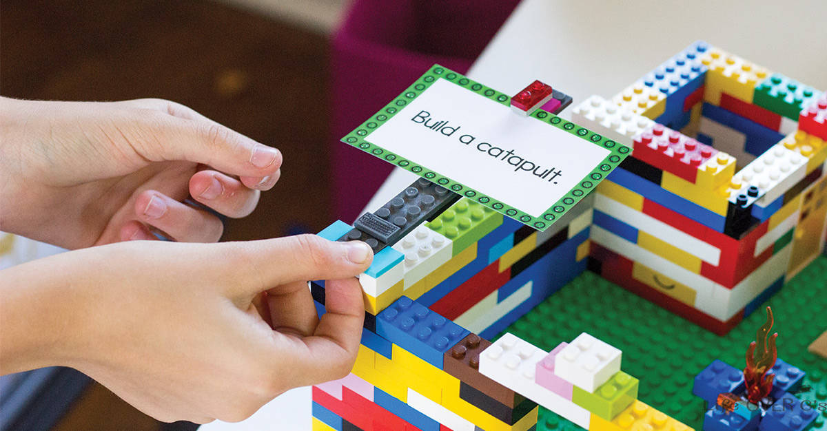 challenges to the lego group Printable lego challenge calendar ideas - this is an awesome resource for creating passive (and not so passive) challenges for a lego area in a makerspace.