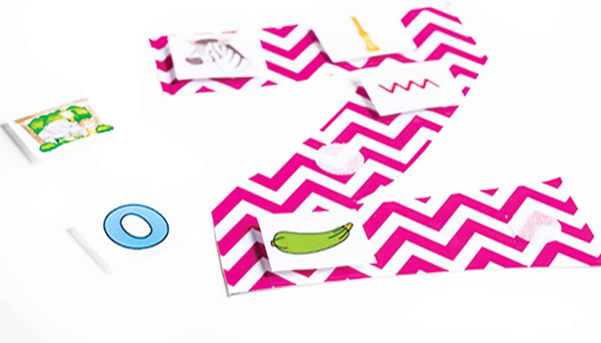 Alphabet Picture Sorts for Beginning Sounds - Life Over Cs