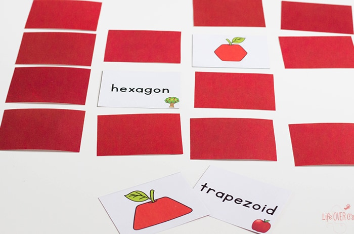 Use this classic apple shape memory game. A fun learning activity for fall.