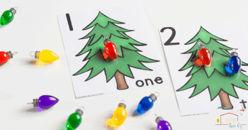 Free Printable Christmas counting cards for numbers 1-10 make numbers so much fun for preschoolers!