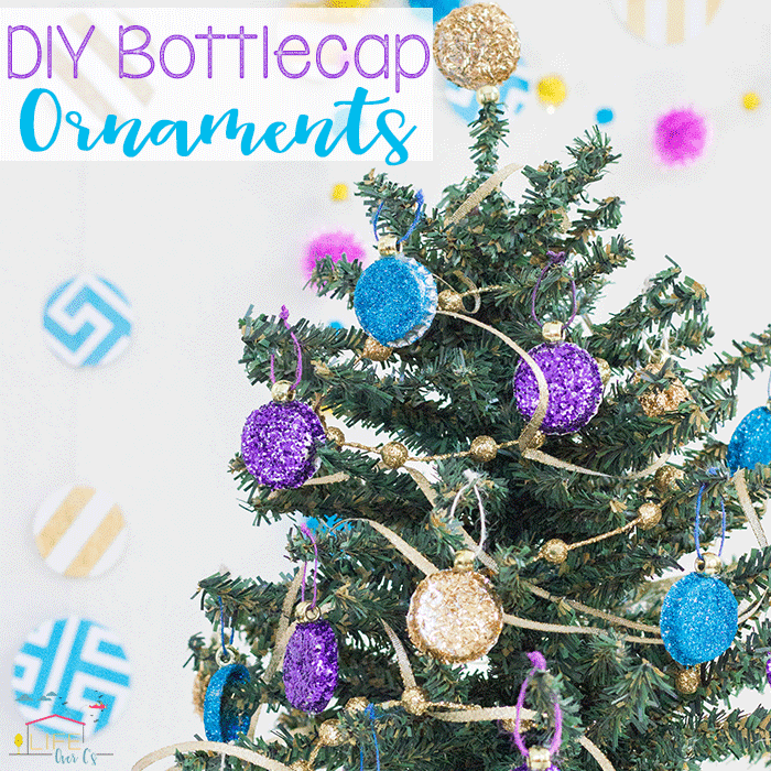 Create your own bottlecap ornaments for Christmas! These are so easy to make and make for beautiful and cheap Christmas ornaments.