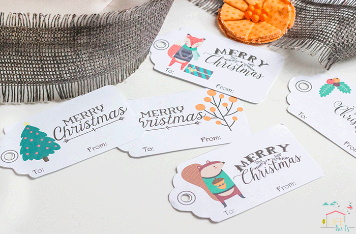Free printable woodland Christmas tags for Christmas gift wrap.