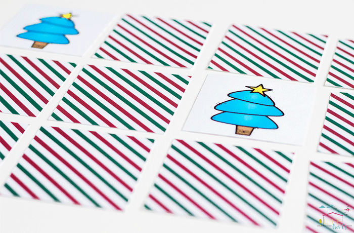 Simple Christmas matching games for preschoolers!
