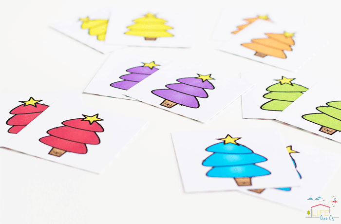 Preschoolers will love these simple Christmas tree matching games.