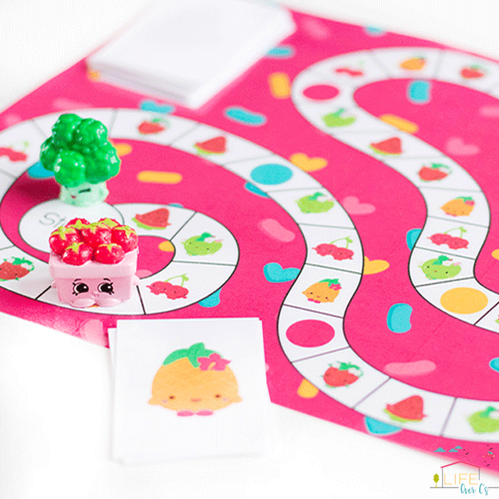 This board game is a great matching activity for preschoolers.