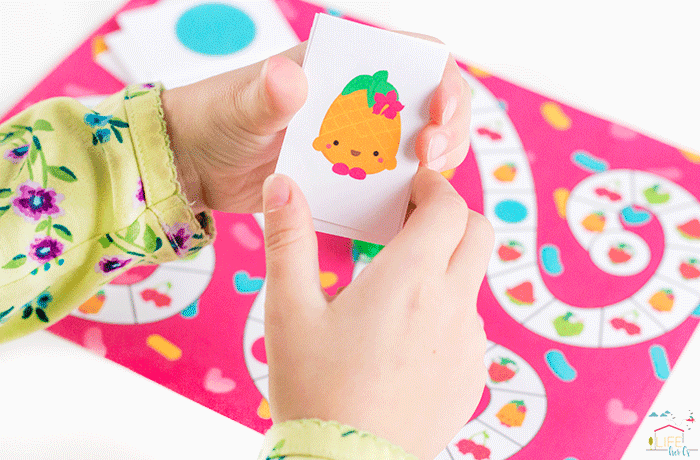 Grab your Shopkins and play this fun matching game!