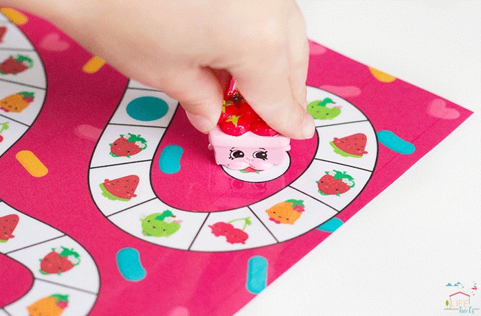 Build matching skills while playing these easy game for preschoolers.
