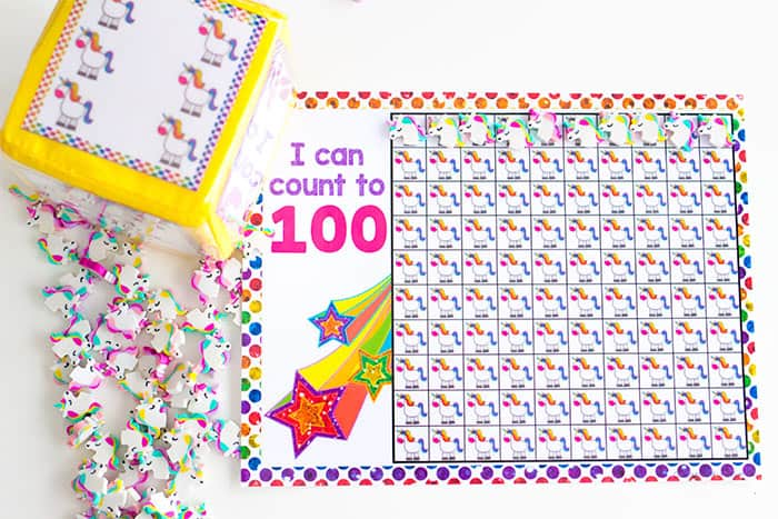 Math for girls who love unicorns! This free printable unicorn counting math grid is great for counting to 10, 20 and 100.