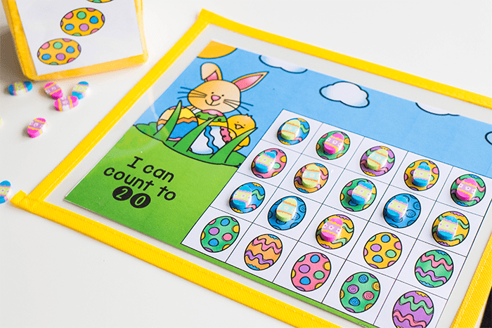 Free printable Easter math game for kids. Easter counting grids for math.