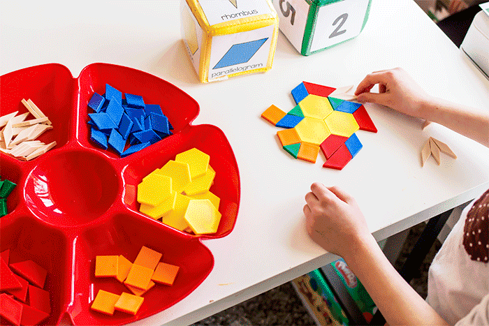 Free pattern block printables for kindergarten math centers. Learn shapes with this easy printable.