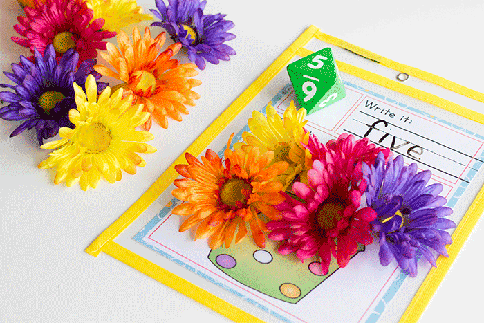 Your preschoolers will love counting with this free printable spring math game. Just roll the dice and count the flowers.