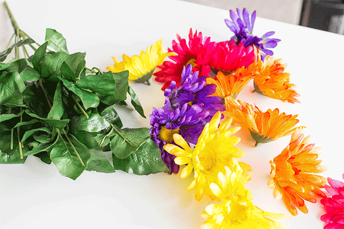 Use flowers for math with this no prep spring math activity for kindergarten. Practice counting with flowers.