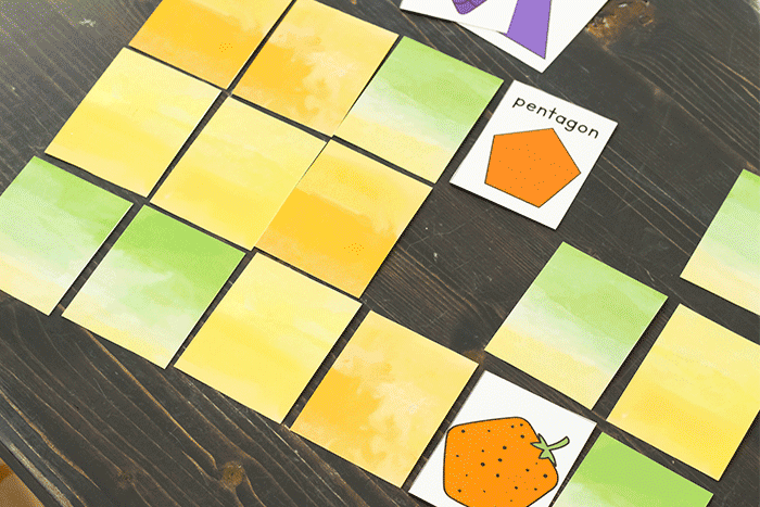 2D shape matching game for preschool and kindergarten. Free printable fruit shape matching game.