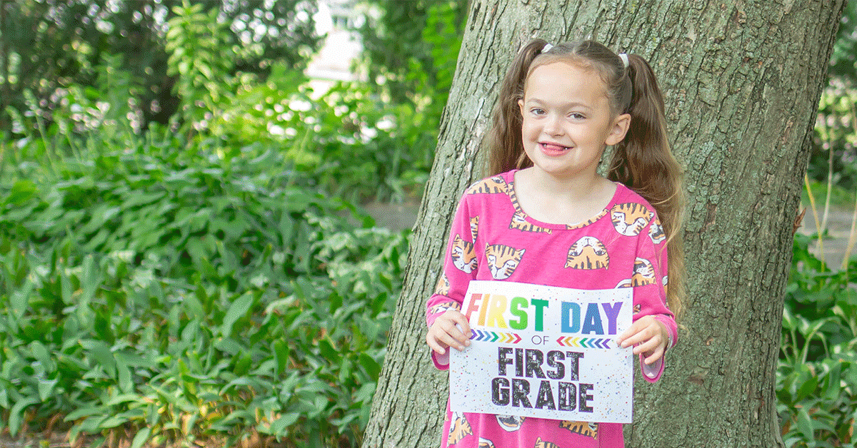 These adorable free printable first day of school signs are perfect for back to school.