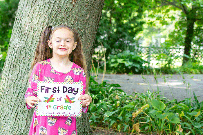 These crayon themed first day of school signs make an easy back to school photo prop.