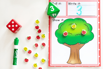 Grab this free printable math game for kindergarteners with a fun apple theme.