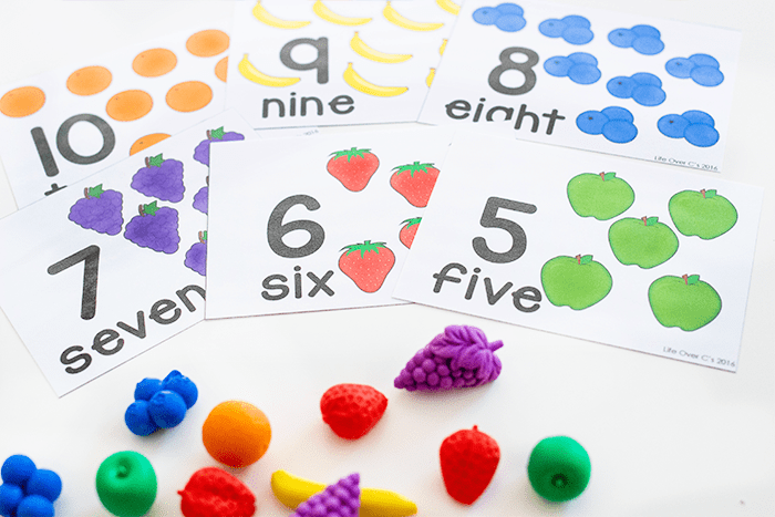 Counting to 10 is fun with these fruit themed counting cards