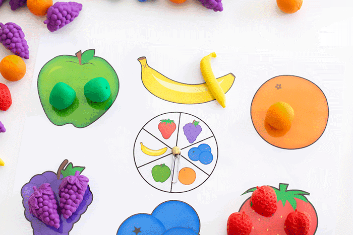 Spin and match the fruits with this simple preschool matching game.