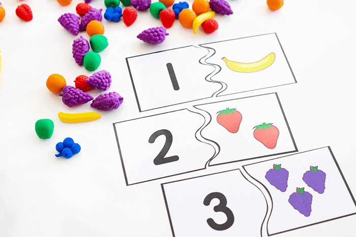 Free printable fruit themed puzzles for counting to 10.