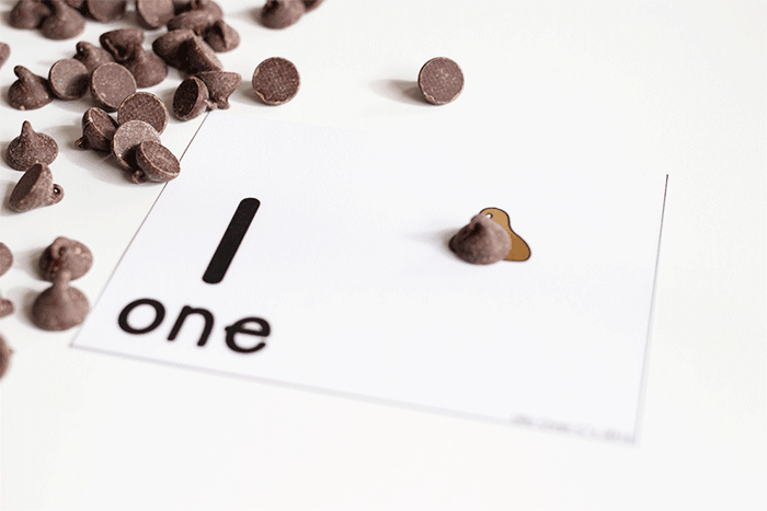 Free printable chocolate counting cards for preschool math centers.