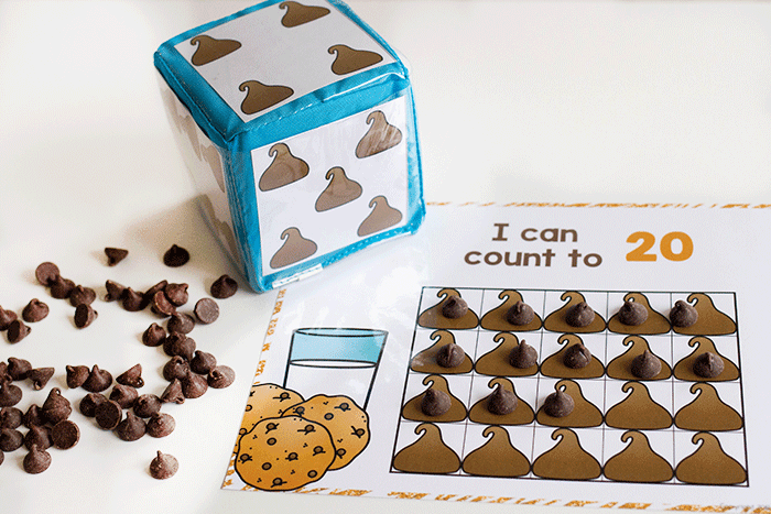 Counting activities with chocolate chips for preschool and kindergarten math centers.