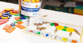 Free printable farm animal pattern block activity for preschoolers.