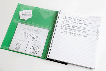 Table of contents and storage pockets inside Five Star Interactive Notebook for kindergarten short vowel rhyming interactive notebook printable