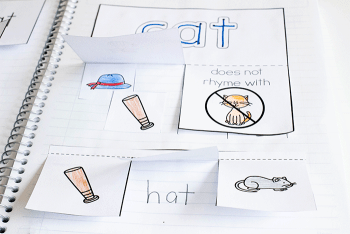 Free printable interactive notebook for rhyming short vowel words in kindergarten