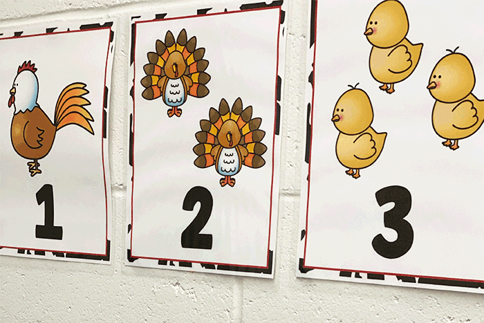 Farm theme counting posters for preschool math activity. Count the chickens, turkeys, and chicks. Preschool classroom display