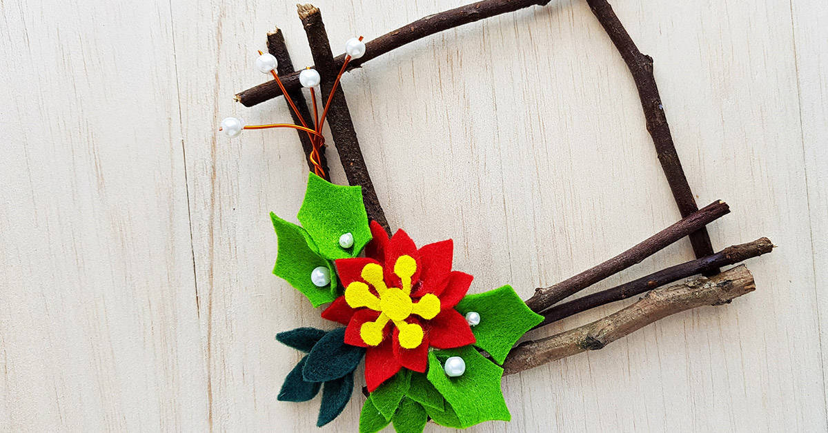 Your preschoolers will love working with sticks to create their own Christmas stick wreath craft to give as a gift for parents, grandparents or any loved one on their Christmas list.