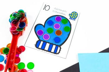 Free printable mitten counting cards for preschool math centers