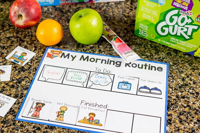 My morning routine visual schedule for kids to help plan mornings and afternoons.