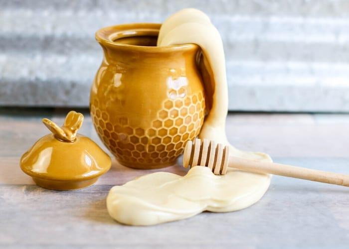 Honey Slime in a ceramic honey pot